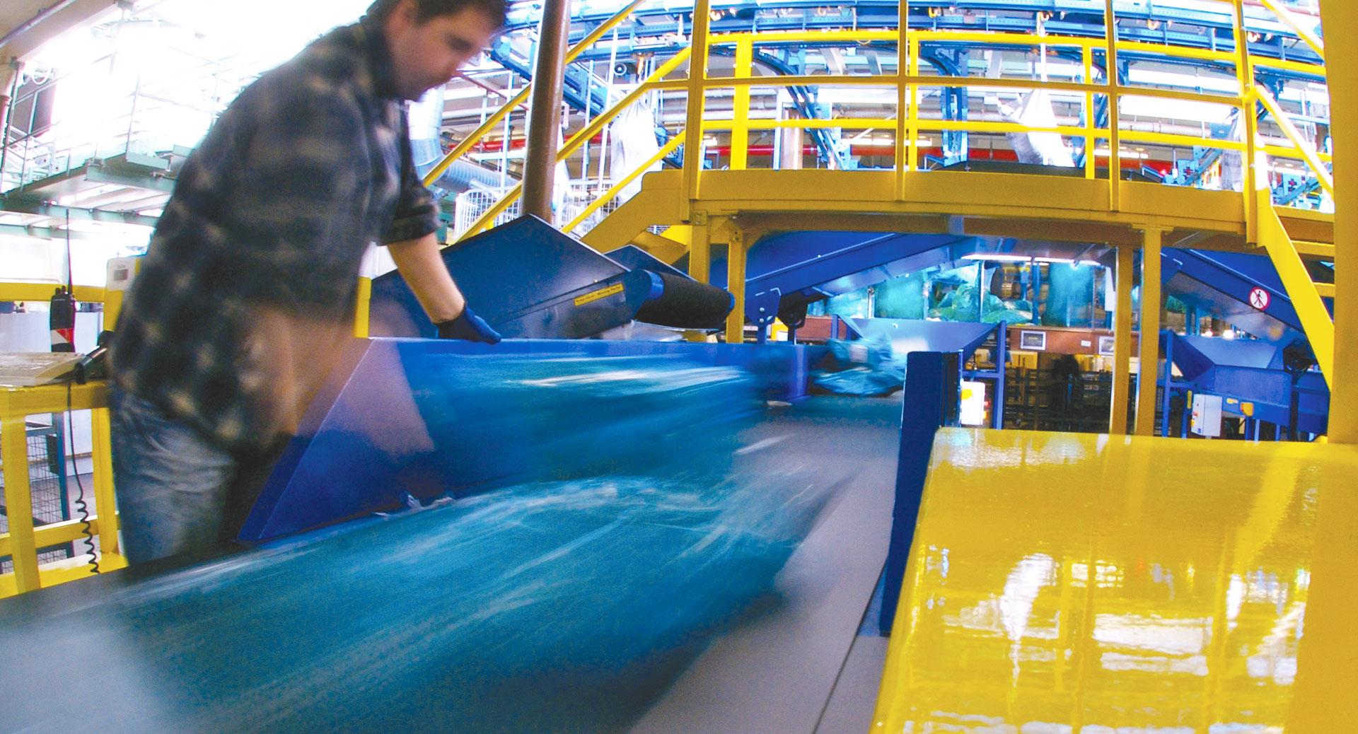 newland conveyors in warehouse